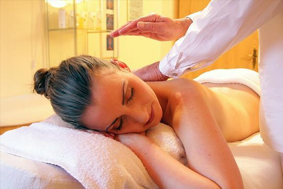 Massage bij Beautysalon Pure Silk | Ferienresort Bad Bentheim